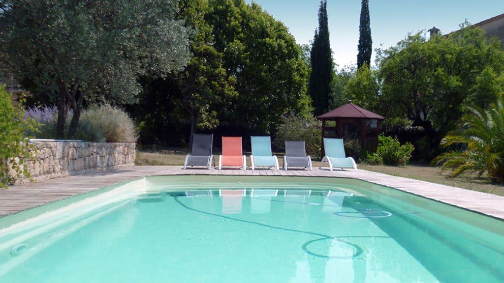 Piscine chambres d'hôtes l'Escale Provençale