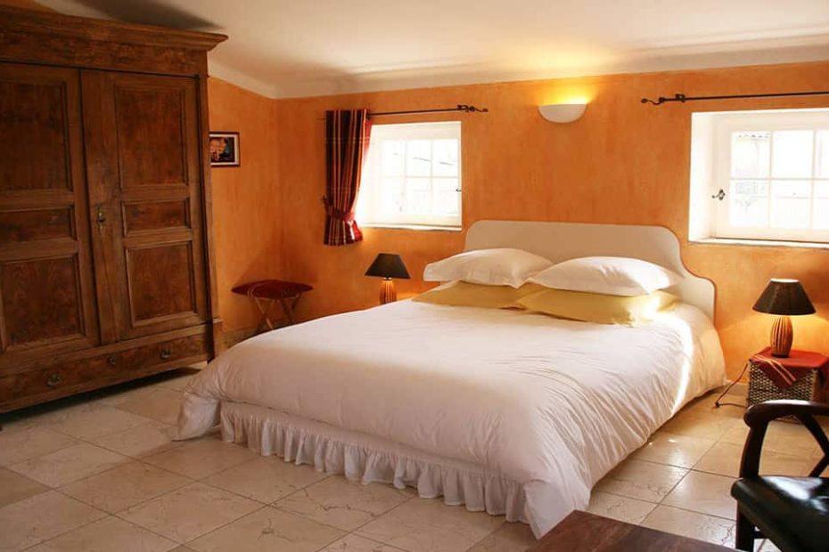 Chambre Soleil à l'Escale Provençale